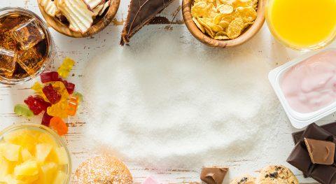 Ungesunde Ernährung, Zucker, Gebäck, Süßigkeiten, süße Getränke, Zuckersteuer